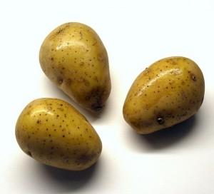 potatoes-74268_640